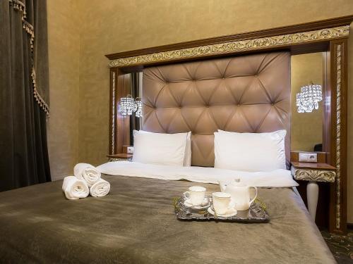 Hotel Empire - image 8