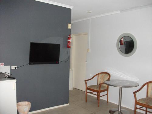Фото отеля Beerwah Glasshouse Motel
