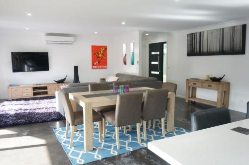 . Ben's Place - modern & convenient