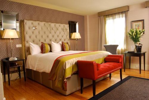 Benedicts Hotel