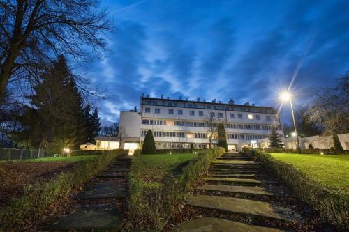 . Hotel Ameliówka
