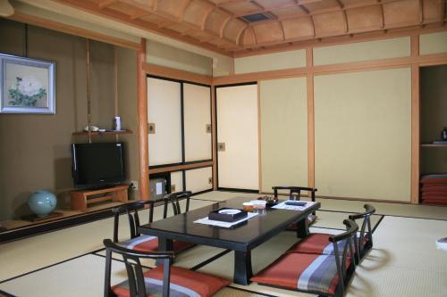 Hotel Yuzan, Chikuma