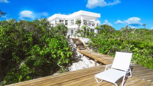. White Ocean Coral – Private Beach Resort