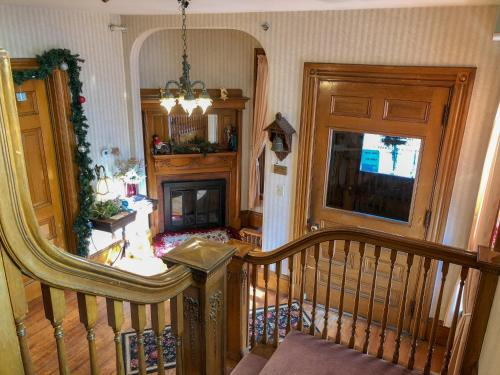 Grand Victorian Inn - Bethel, ME 04217