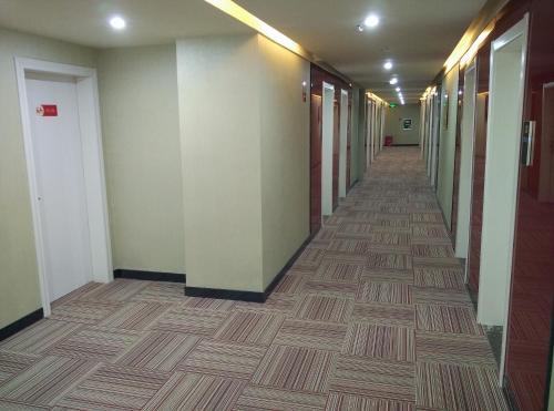 Thank Inn Chain Hotel Guangxi Yulin Xingye Bus Station, Yulin