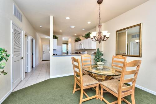 Savona Vacation Rental In The Lely Resort
