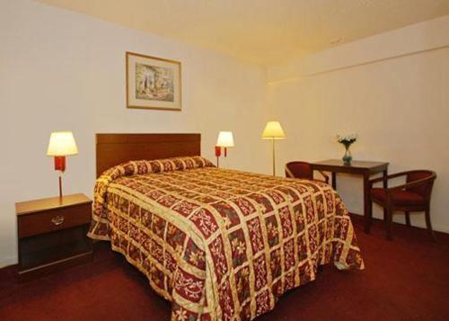 Econo Lodge San Marcos