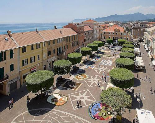 Albergo Albatros Hotel (Pietra Ligure) from £73 ...