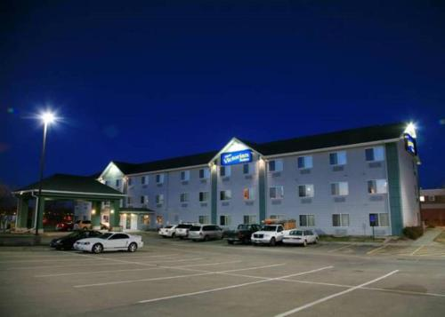 New Victorian Inn & Suites Lincoln