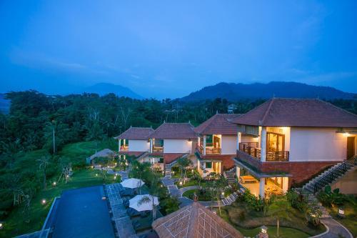 . Alamdhari Resort and Spa