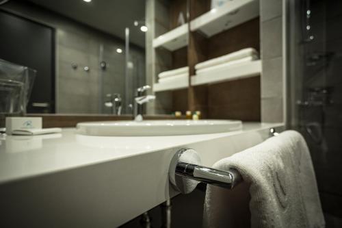 Rila Hotel Borovets - Photo 7 of 142