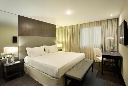 Фото отеля Windsor California Hotel