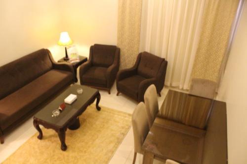 Al Mokhmalia Residential Units Main image 2