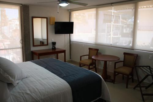 Porto Allegro, Puerto Vallarta
