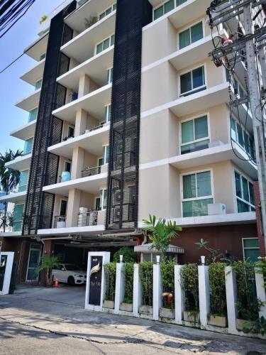 The Fah Condominium photo 28