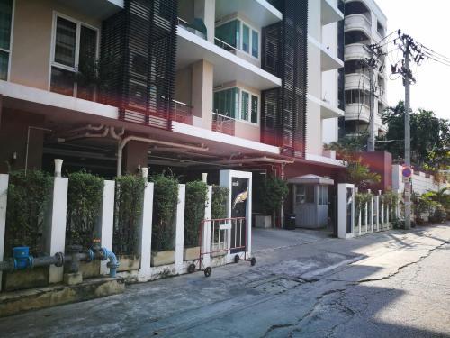 The Fah Condominium photo 29