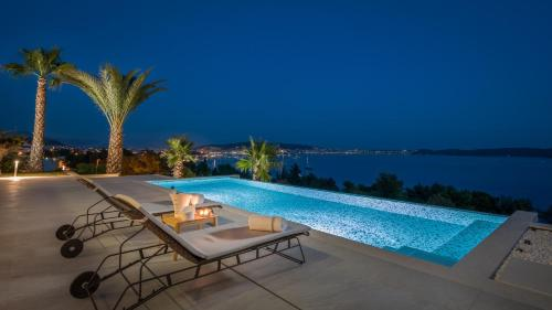 Ultraluxury Villa Elyzeum with Heated Pool Trogir