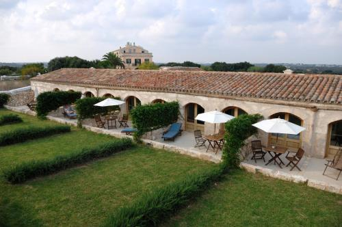 Double or Twin Room with Terrace Alcaufar Vell Hotel Rural & Restaurant 6