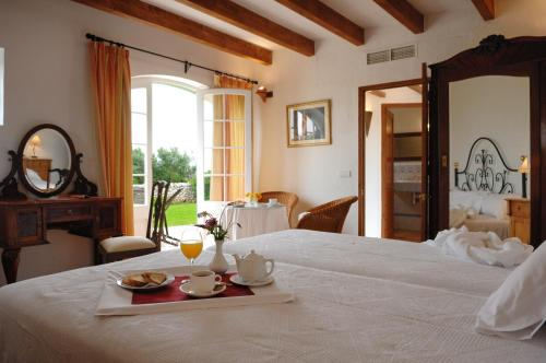 Double or Twin Room with Terrace Alcaufar Vell Hotel Rural & Restaurant 10