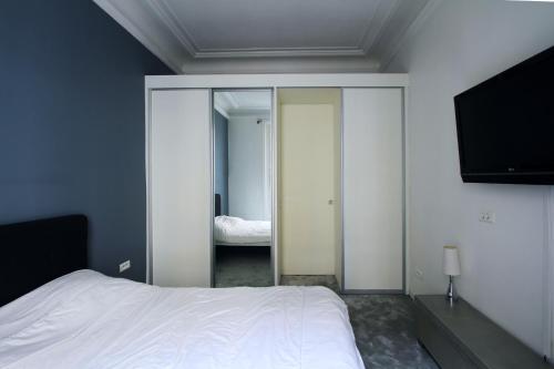 Apartment near Champs Elysées photo 19