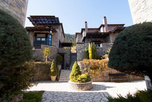 . Ostra Menalon Luxury Suites