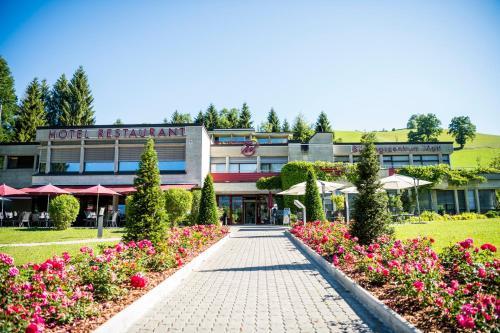 . Hotel & Bildungszentrum Matt