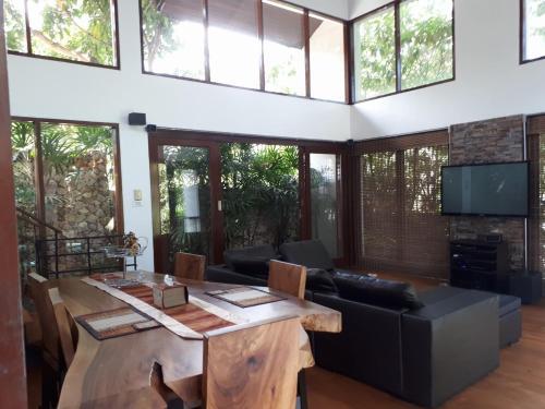 The Jungle Villa The Jungle Villa