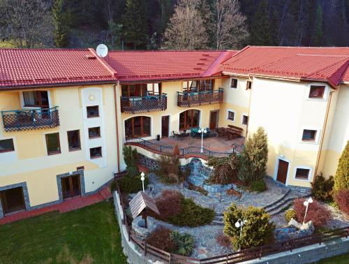 Penzión Salamander - Hotel - Mlynky