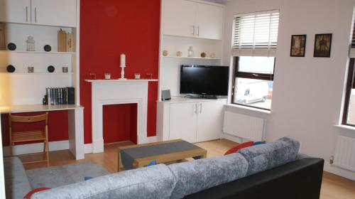 2 Bed Flat In Wimbledon