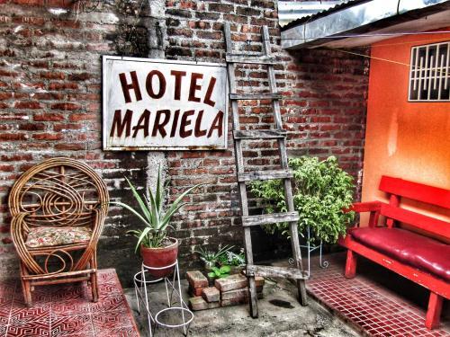 . Hostal Mariella