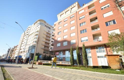 . Hotel Oresti Center