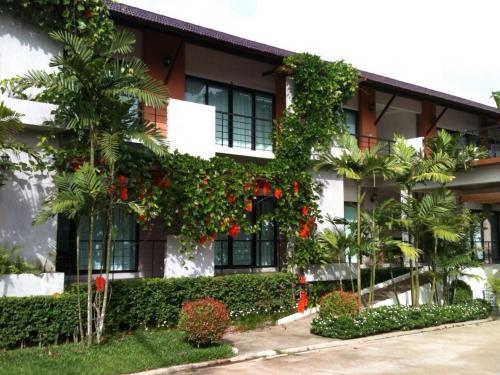 Wassana Sitdharma Guesthouse Wassana Sitdharma Guesthouse