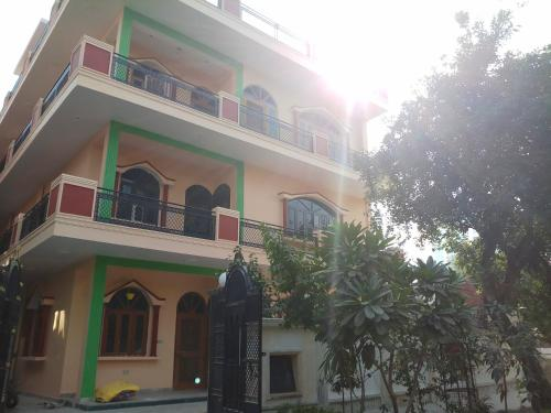 Maruti boys hostel
