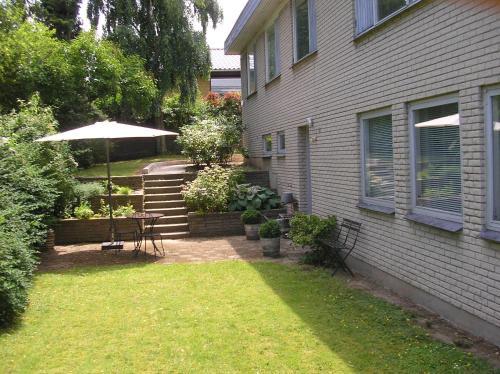 Bed & Kitchen Rugbjergvej, Pension in Stavtrup bei Aarhus