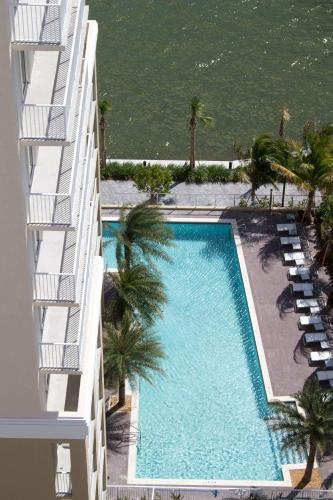 Shorecrest Miami Bay Luxury Apartments