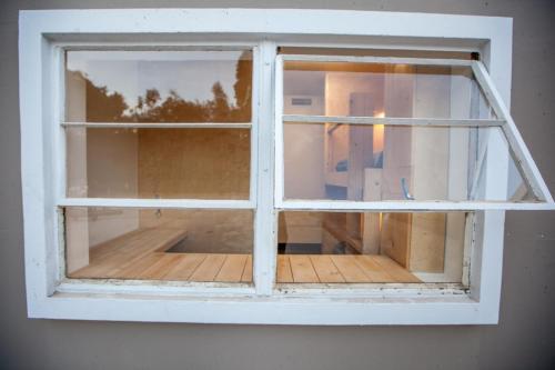 Dormshare Westwood - Los Angeles, CA 90024