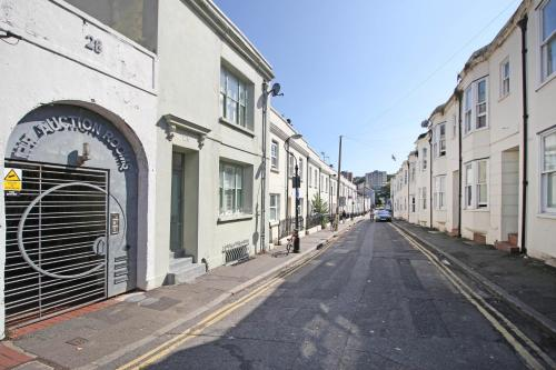 Majestic Mews - Central Brighton - Sleeps 2 to 6 guests room photos