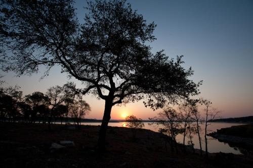 Canyon Lakeview Resort - Canyon Lake, TX 78133