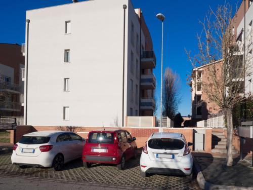 Ai Pini Ferrara 2021 Reviews Pictures Deals