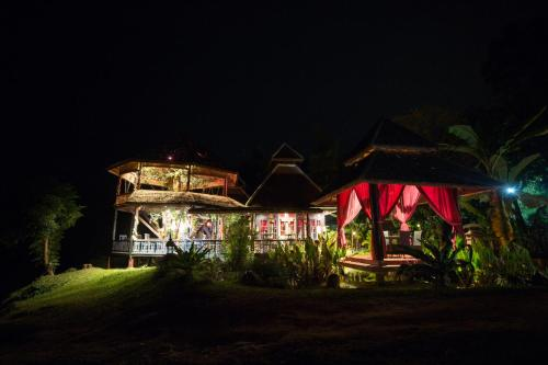 . Shangri-Lao Resort