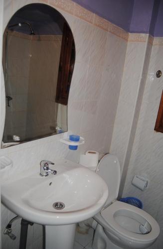 Hotel Casa Khaldi Стандартный трехместный номер