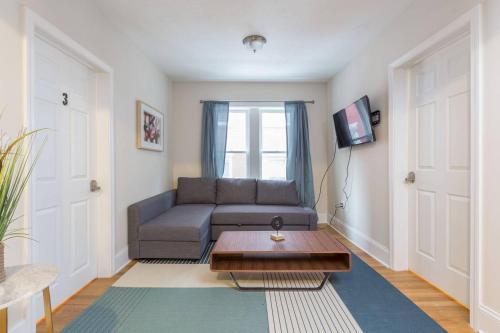 Three-Bedroom Two-Bath Apt in North End - Boston, MA 02113