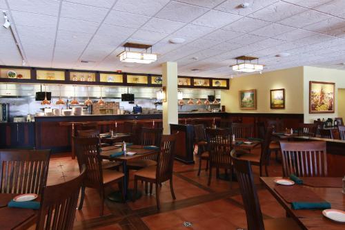 Hotel Mission De Oro - Santa Nella, CA 95322