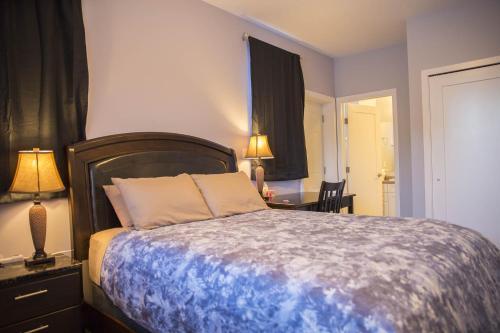 Midnight Sun Inn - Bed & Breakfast - Photo 8 of 31