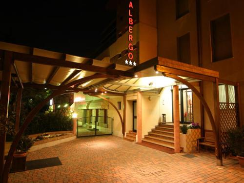 . Hotel Montereale