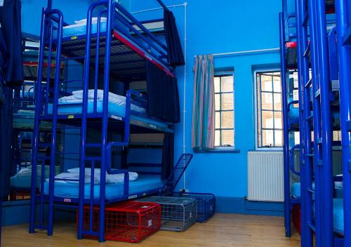 Фото отеля London Backpackers Youth Hostel