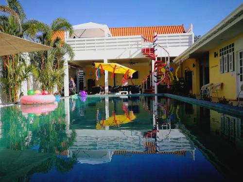 Barefeet Naturist Resort Bangkok