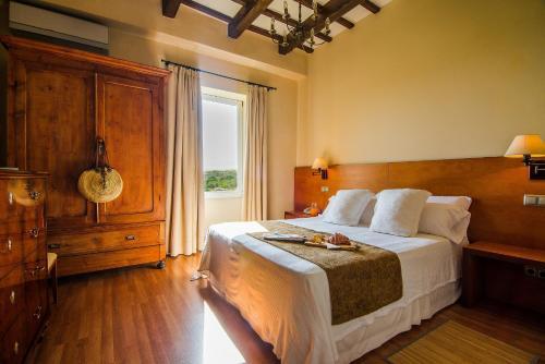 Classic Double Room Sant Joan de Binissaida 3