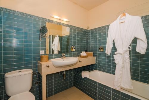 Classic Double Room Sant Joan de Binissaida 5