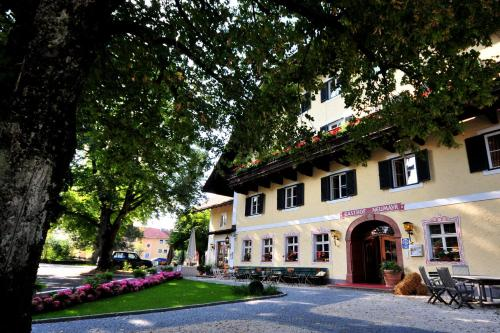 Hotel Gasthof Neumayr, 5162 Obertrum am See